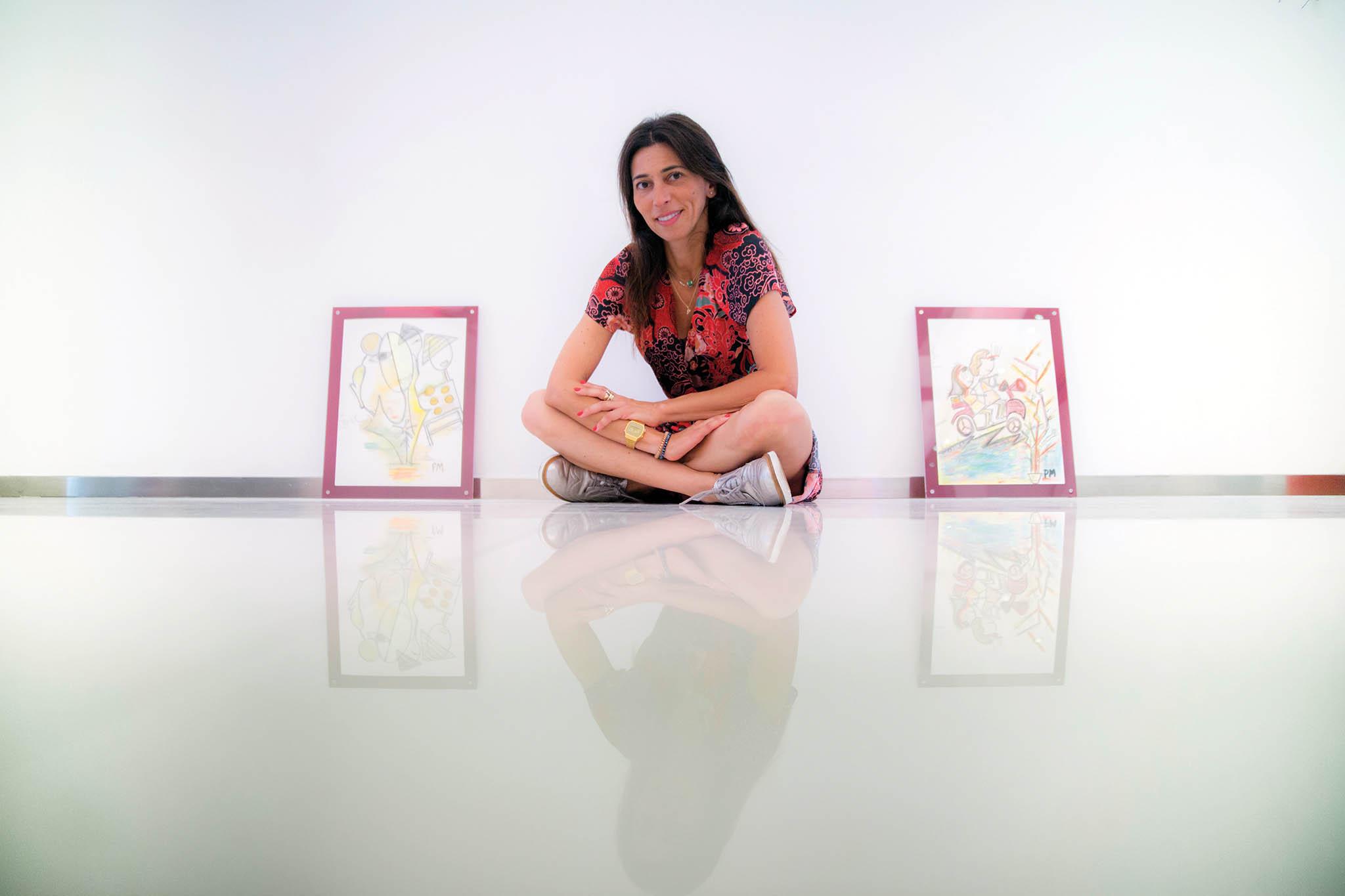 """Patrícia Mouzinho, jornalista e pintora: """"O meu coração macaense está nestes quadros"""""""