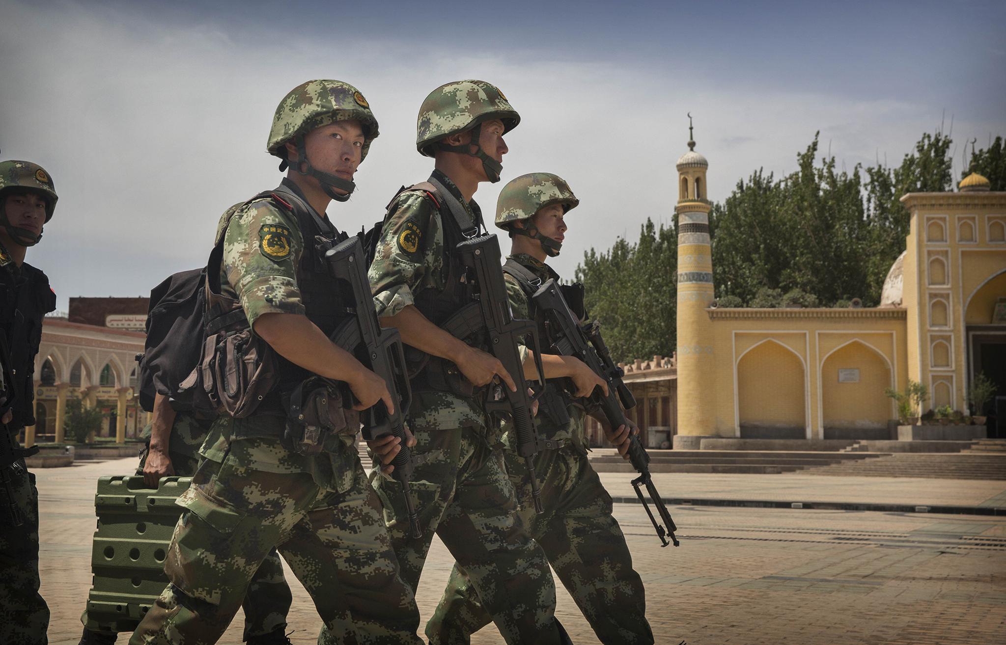 MNE | Sugerido a Ozil que visite Xinjiang após comentários sobre abusos
