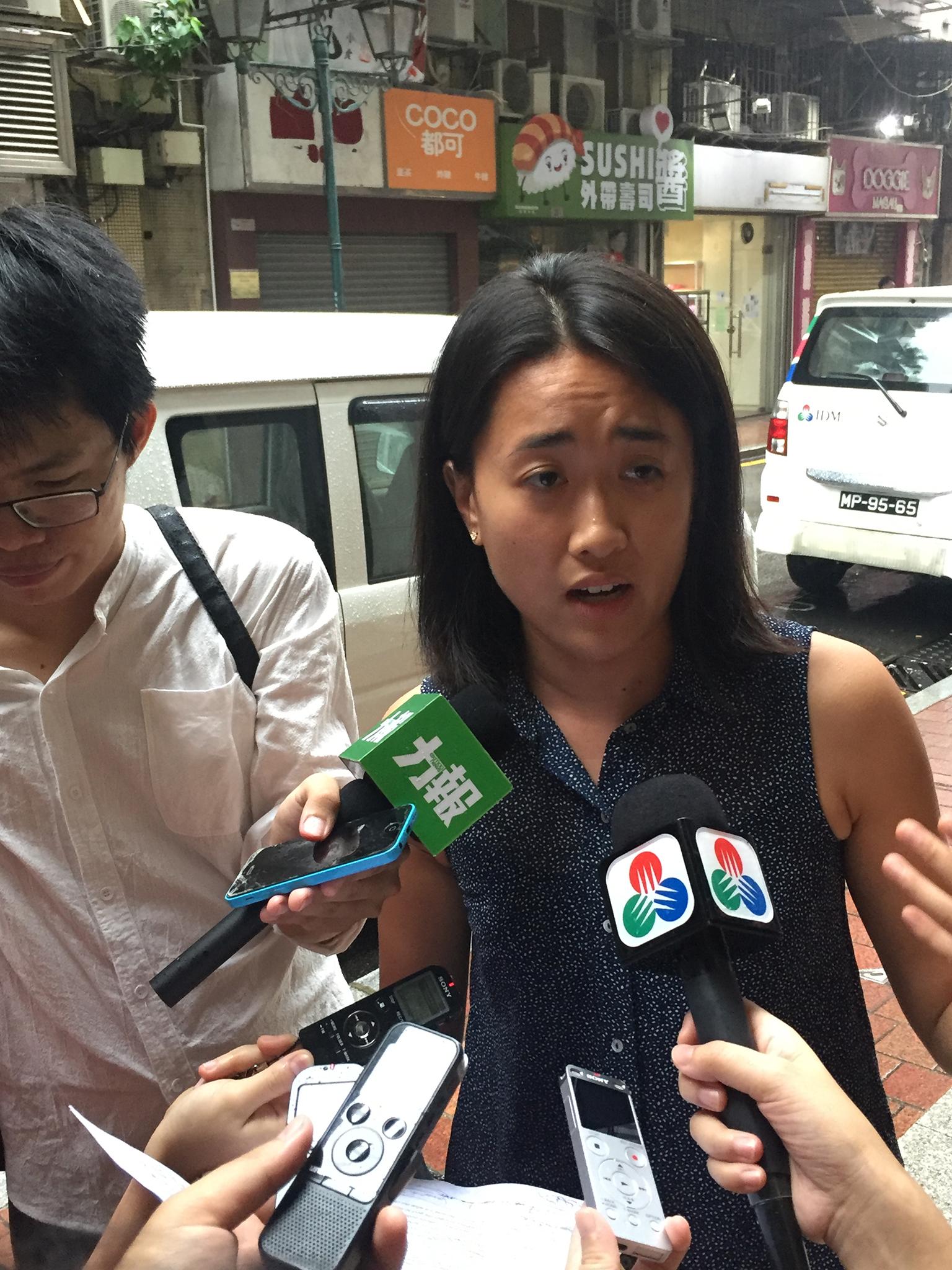 Poluição |Entregue petição com 4.700 assinaturas contra plástico descartável