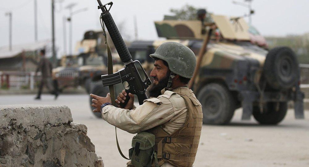 Afeganistão | Pequim nega construção de campo para tropas afegãs