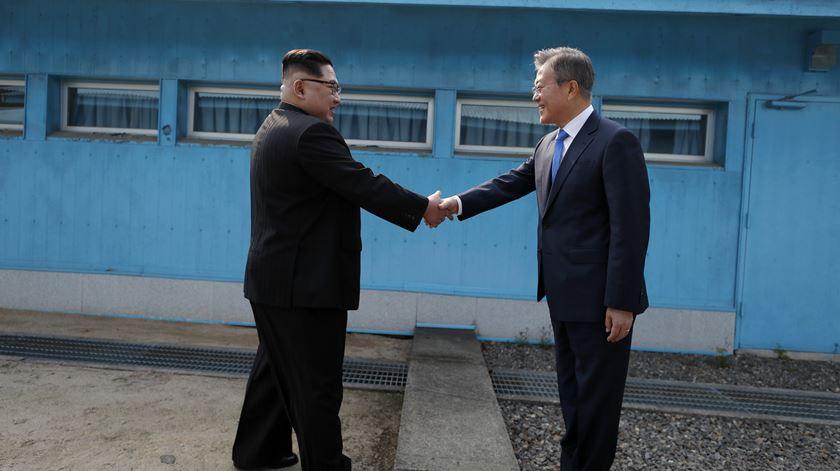 Coreias   Nova cimeira de líderes até final de Setembro