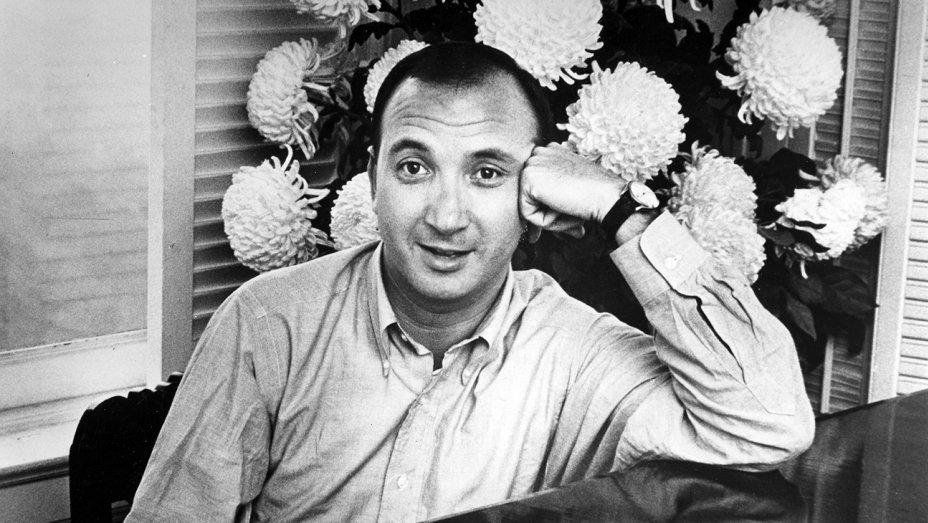 """Óbito   """"Mestre da comédia"""" Neil Simon morre aos 91 anos"""