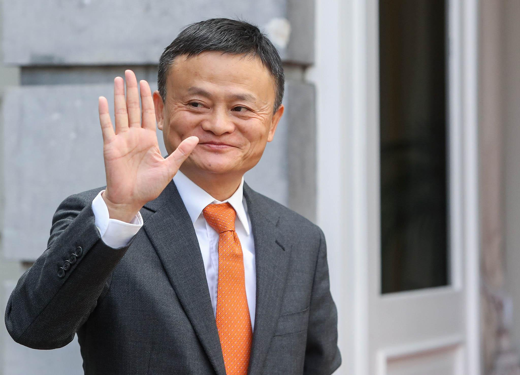 Tecnologia | Jack Ma anuncia que vai deixar presidência do grupo Alibaba