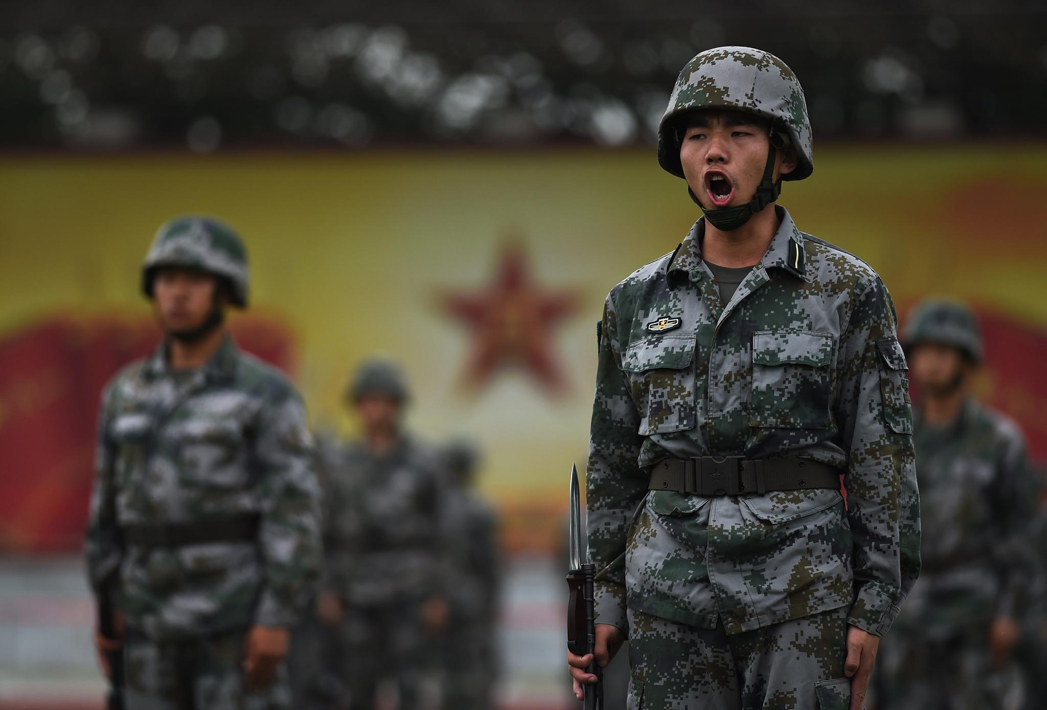 Exército | Governo Central pondera abrir serviço militar a residentes de Macau