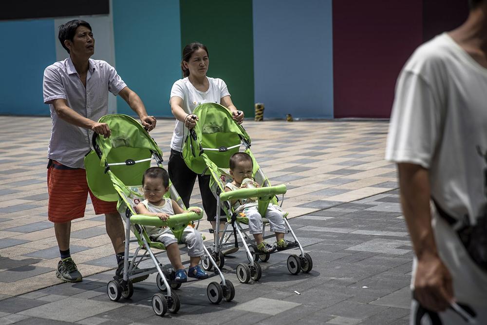 Deputados pedem rapidez no alargamento de licenças de maternidade