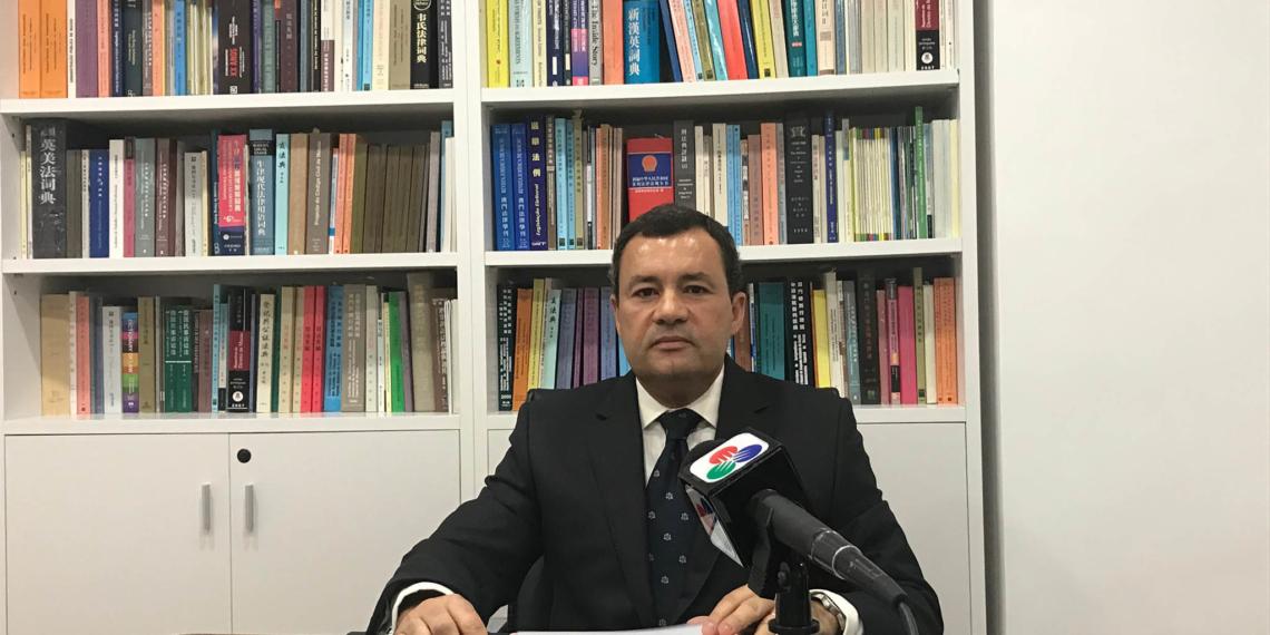 Sérgio de Almeida Correia desiste de candidatura à AAM