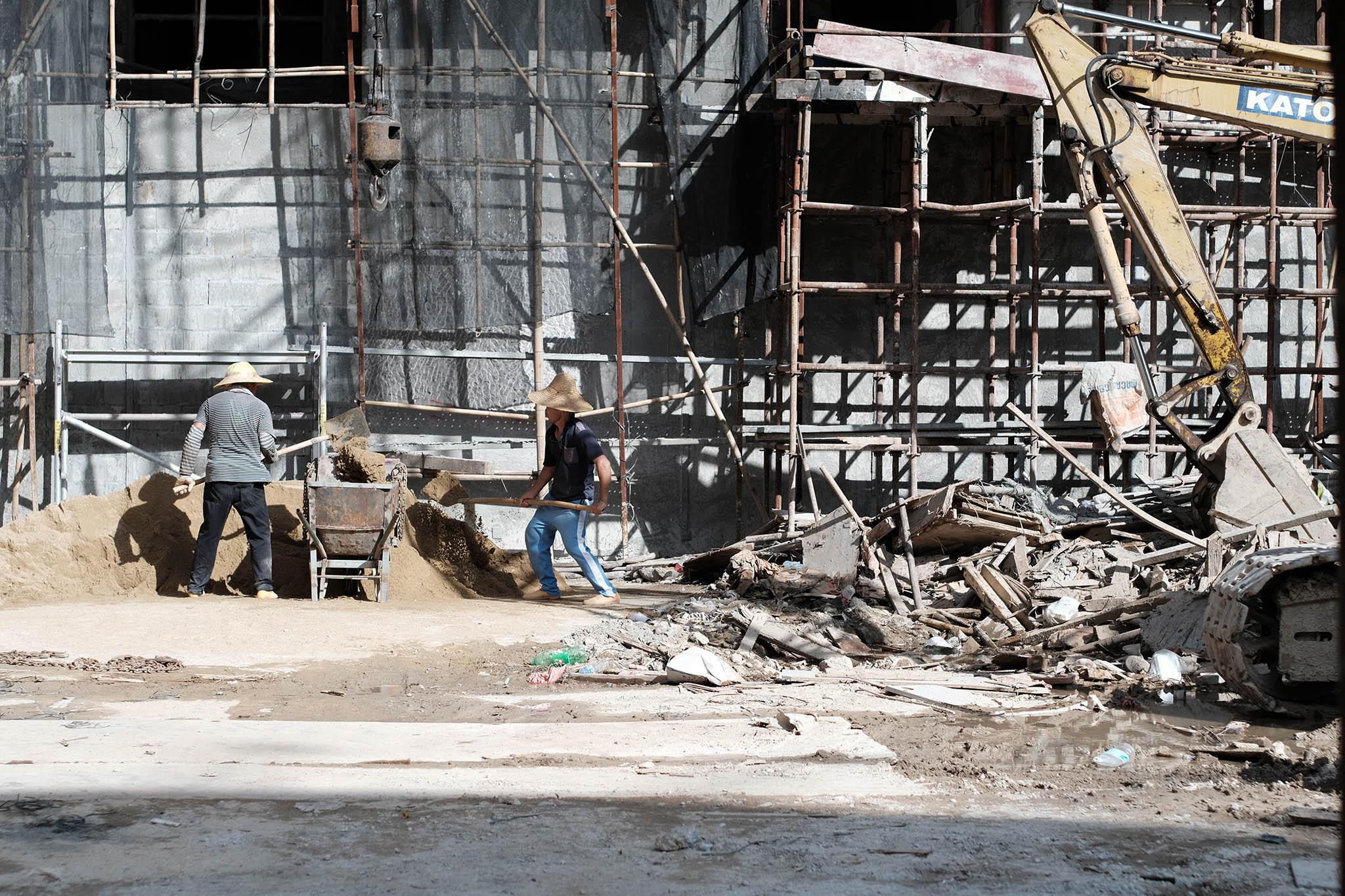 Edifício Koi Nga   Coutinho exige averiguações sobre má qualidade de obras