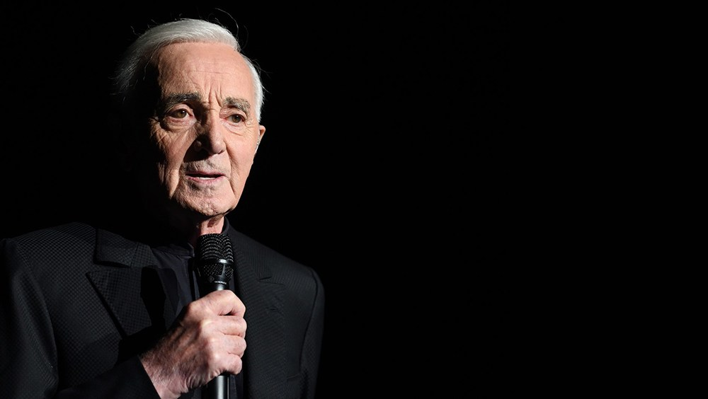 Morreu cantor e compositor Charles Aznavour, de 94 anos