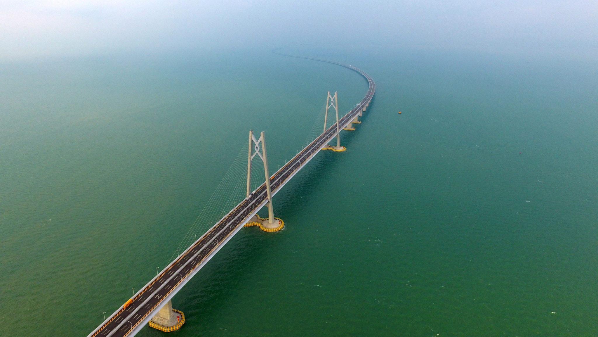 Ponte HKZM assusta motoristas de mercadorias