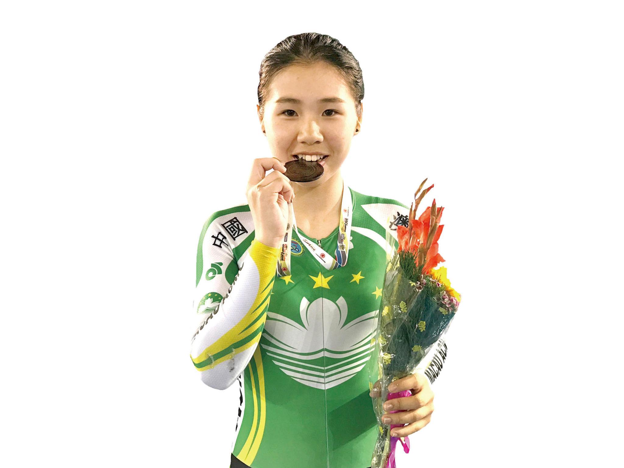Ciclismo | Em dois anos de carreira, Ivy Au soma quatro medalhas