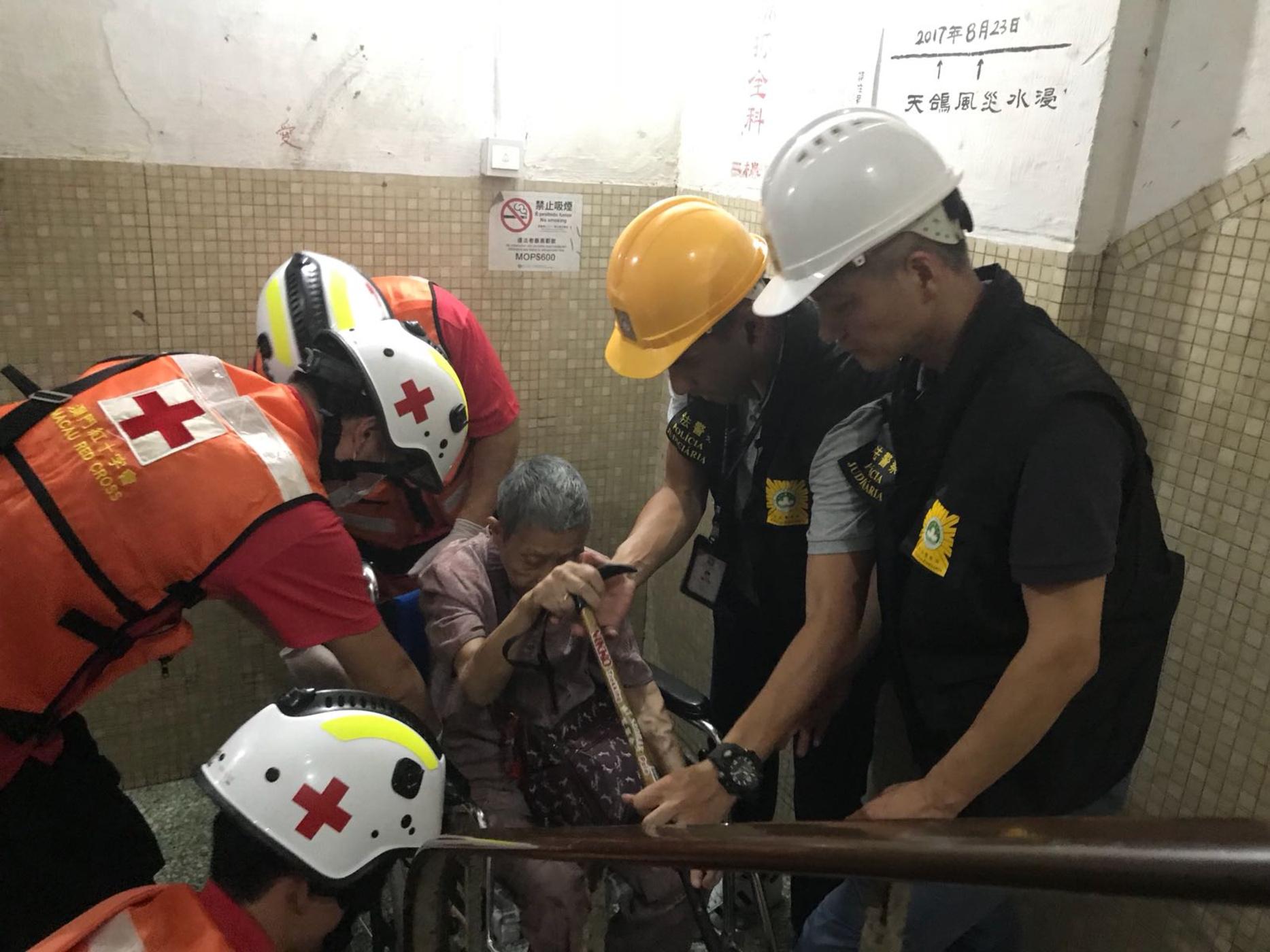 Mangkhut | Pelo menos 17 feridos até às 21h de domingo