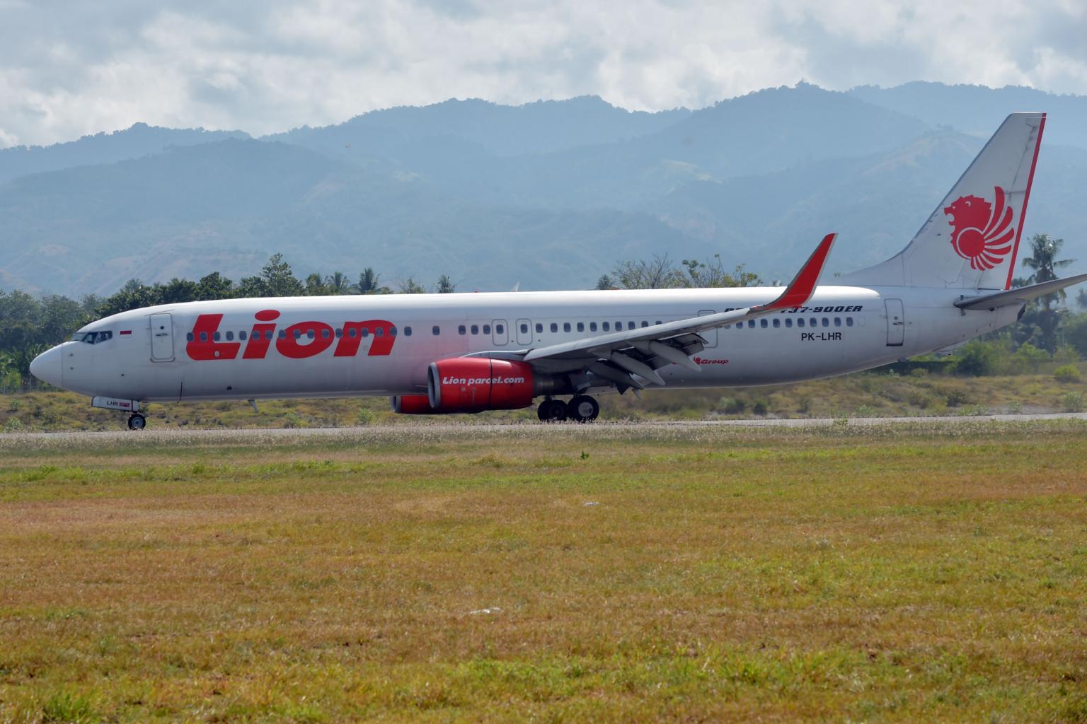 Encontrada caixa negra que regista o áudio da cabine do avião que caiu na Indonésia