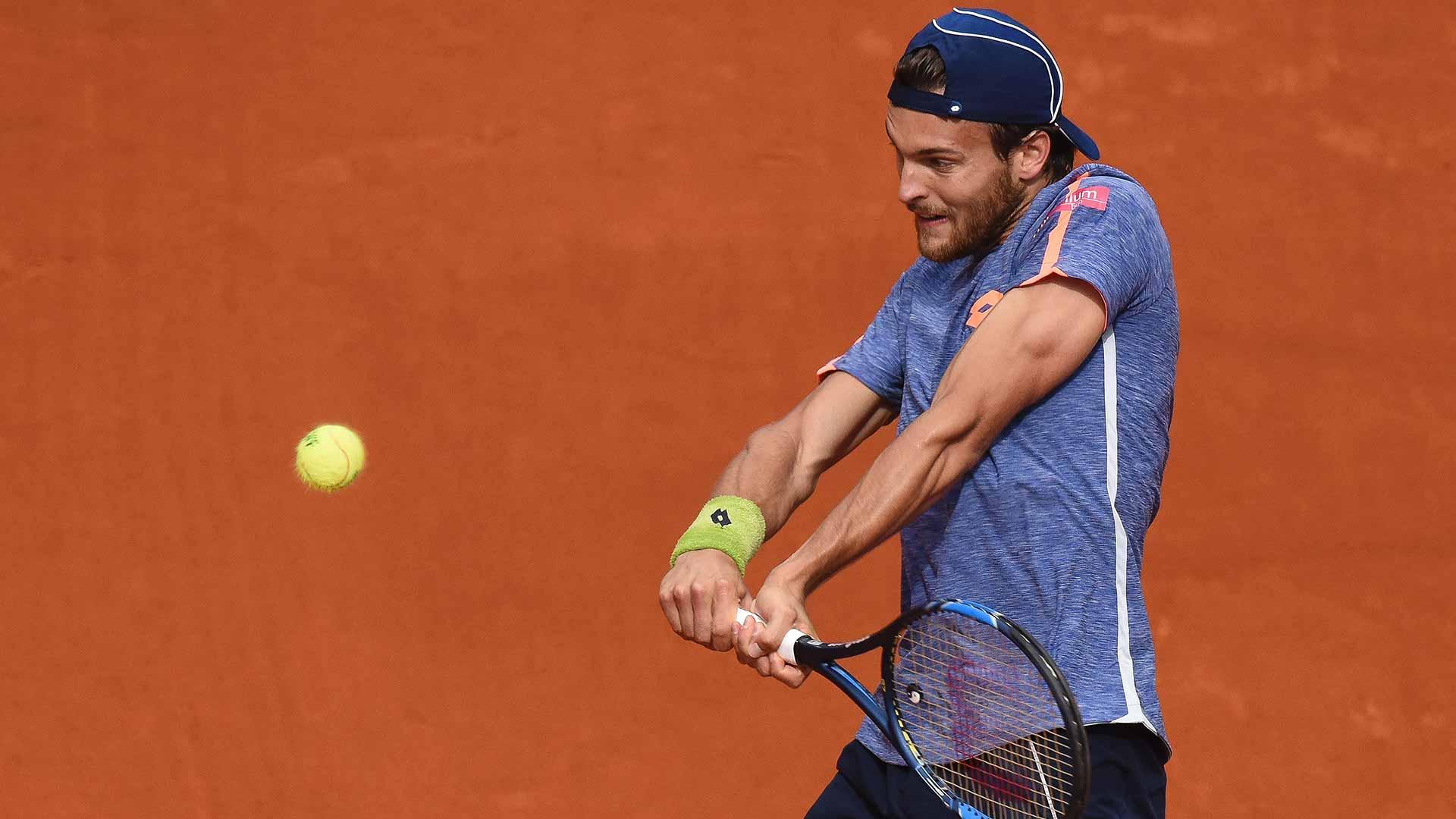 João Sousa eliminado na primeira ronda do torneio de ténis de Pequim