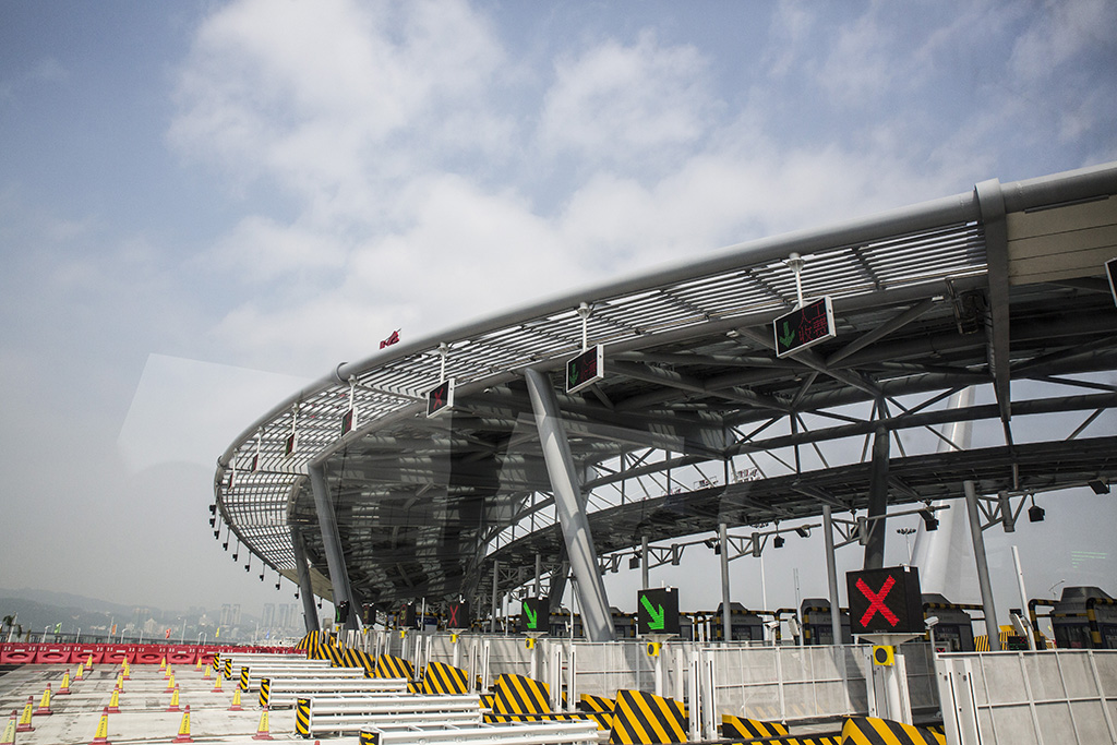 HKZM | Deputados culpam ponte por caos no trânsito