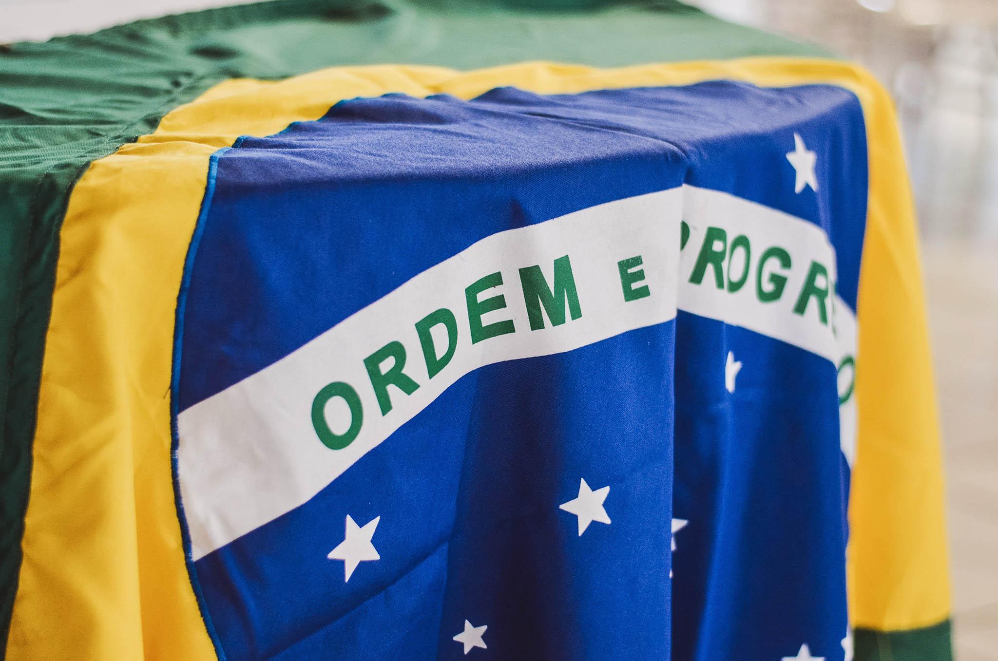 Brasil/Eleições: No centro do poder, eleitores querem mudança