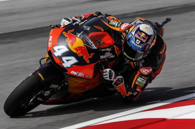 GP Moto 2 Malásia   Vice-campeão Miguel Oliveira recebido em apoteose no aeroporto de Lisboa