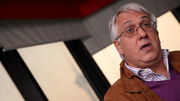 """Arnaldo Gonçalves, autor de """"Macau, depois do adeus"""": RAEM """"tem desafios grandes em termos de governação"""""""