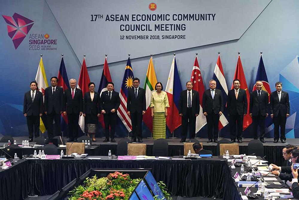 ASEAN | Membros assinam acordo para facilitar comércio electrónico