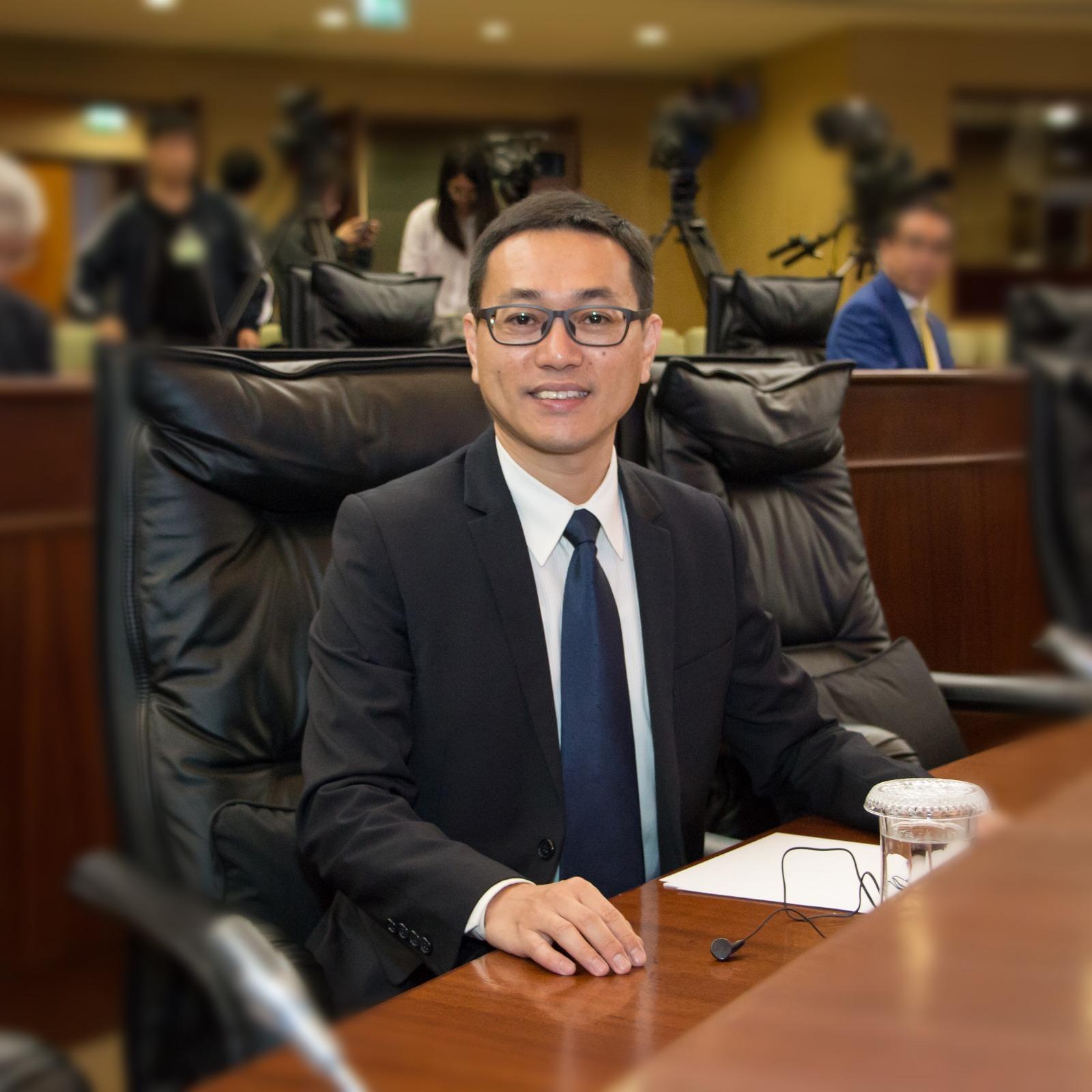 AL | Lei Chan U apela a regulação do voluntariado