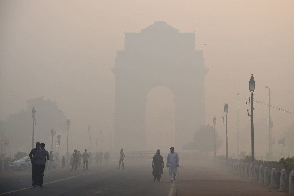 Livro | Poluição na Índia mata mais do que o terrorismo