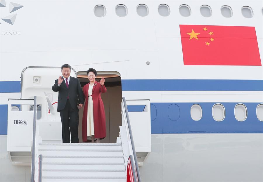 Xi Jinping chegou ontem a Madrid e reuniu com Felipe VI