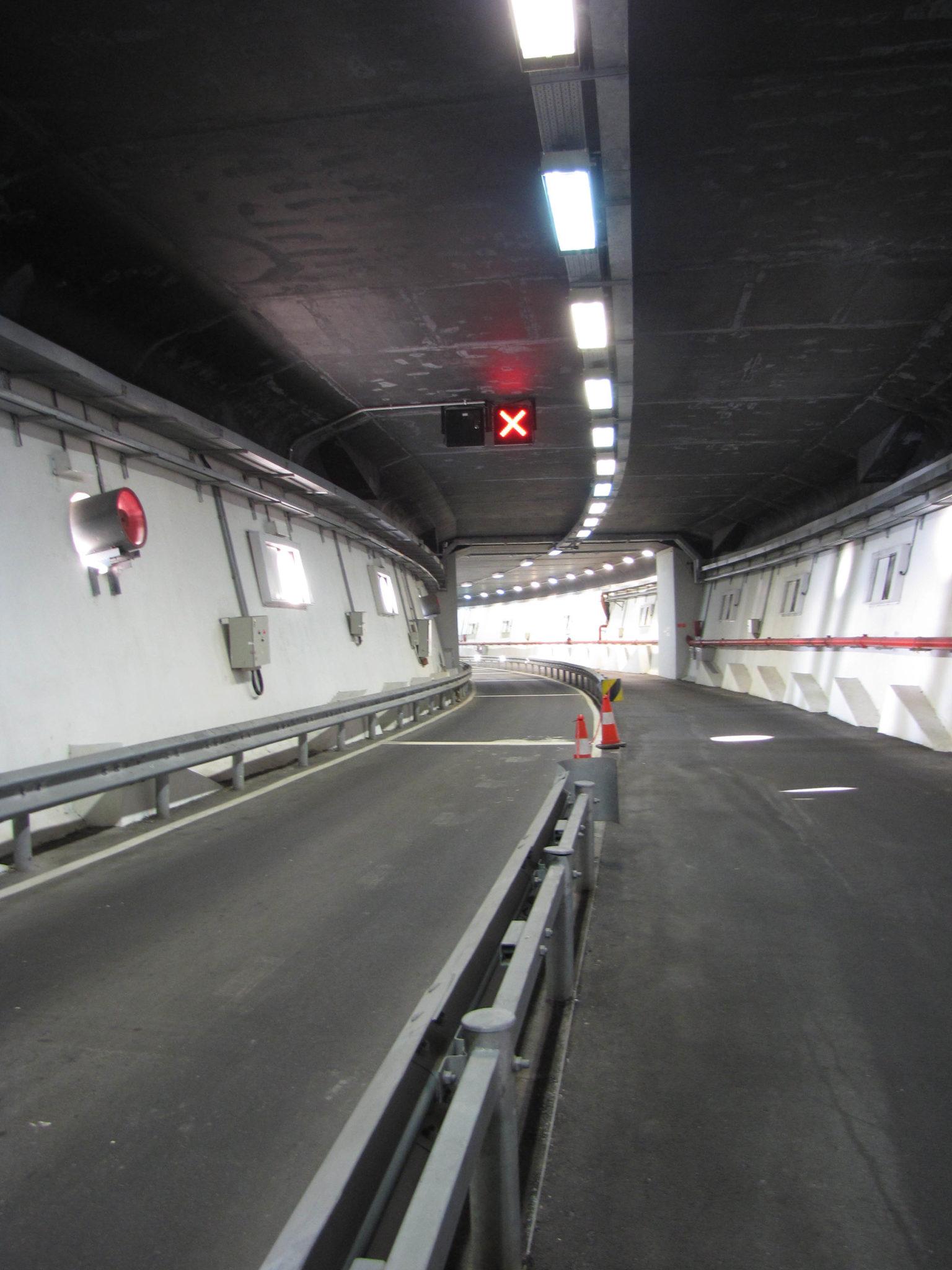 Leong Sun Iok quer túnel da Ponte de Sai Van aberto à circulação