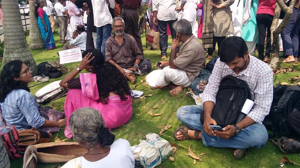 Abuso sexual e violações de freiras por padres católicos na Índia têm décadas, escreve AP