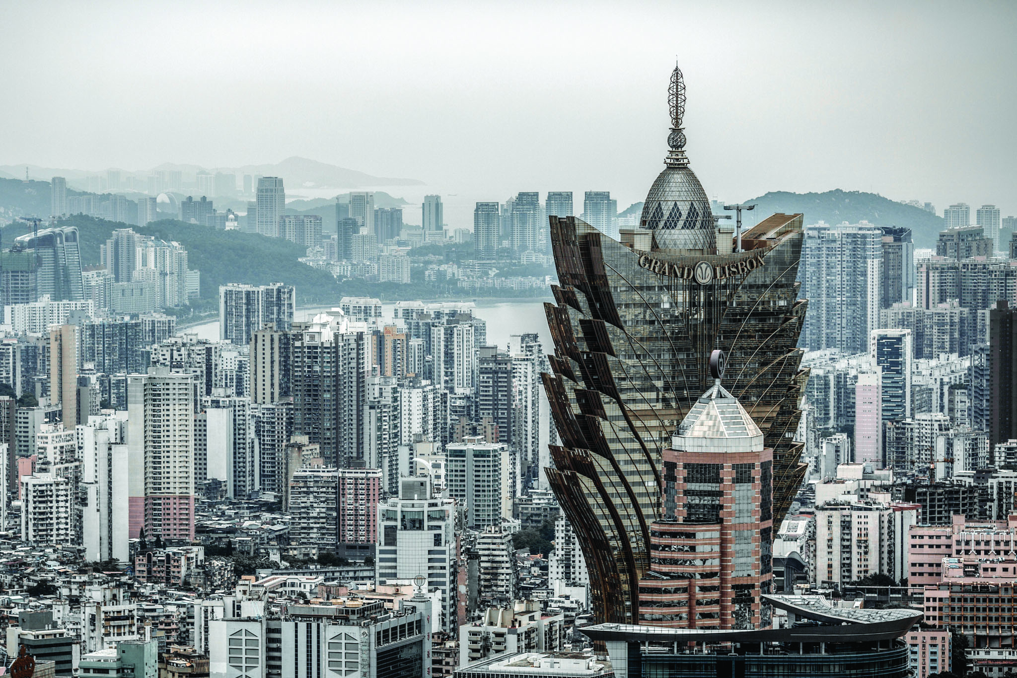 Urbanismo | Quatro edifícios em zona de protecção vão ser reconstruídos