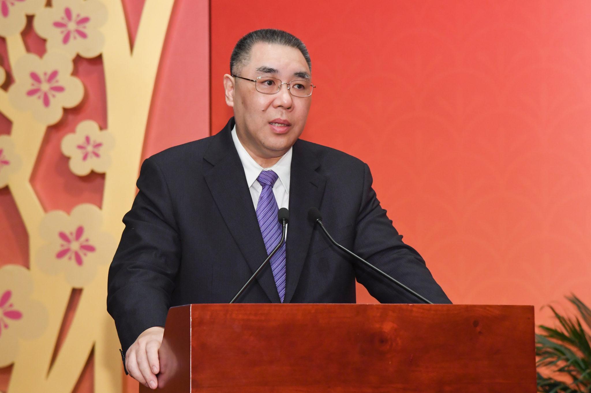 Mandato marcado pela estabilidade, crescimento económico e lealdade ao país, diz Chui Sai On à Xinhua