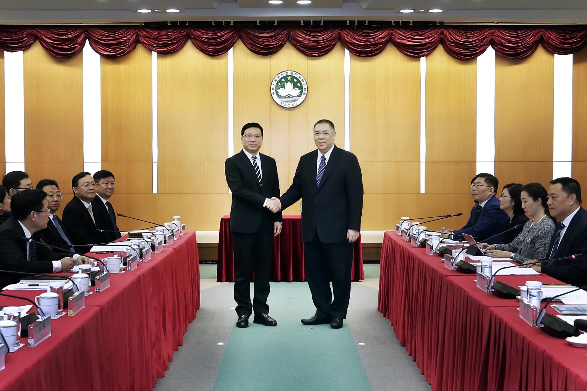 Firmados três protocolos de cooperação com Shenzhen