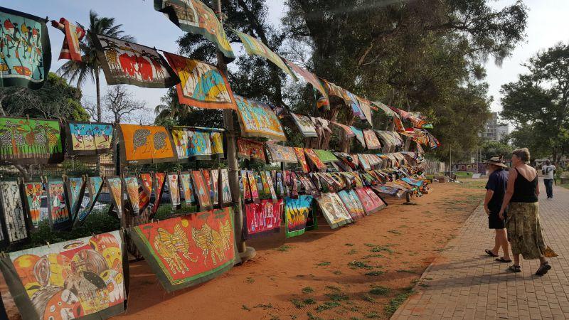 Reportagem | Bugigangas chinesas motivam queixas nas feiras rurais do interior de Moçambique