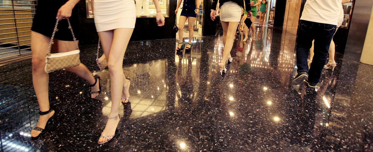 Governo abre portas à criminalização da prostituição mas precisa de consenso
