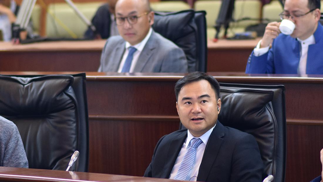Renovação urbana | Zheng Anting pede eficácia administrativa para projectos