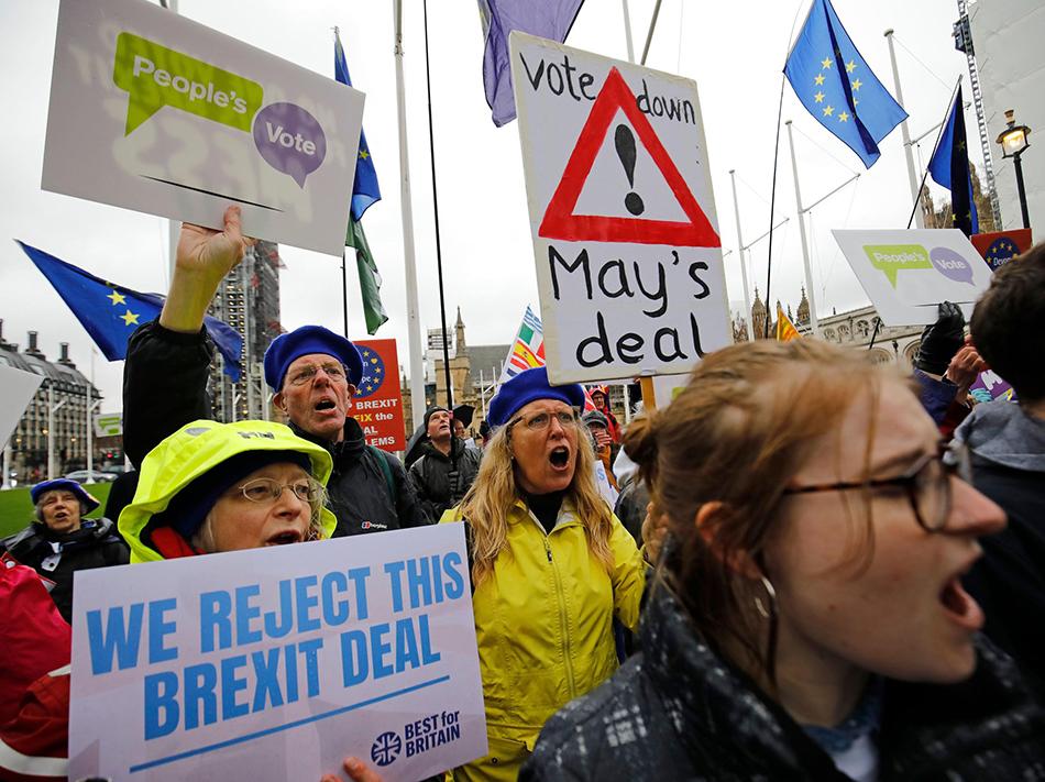 Brexit | Risco de saída sem acordo nunca foi tão elevado, alerta Barnier