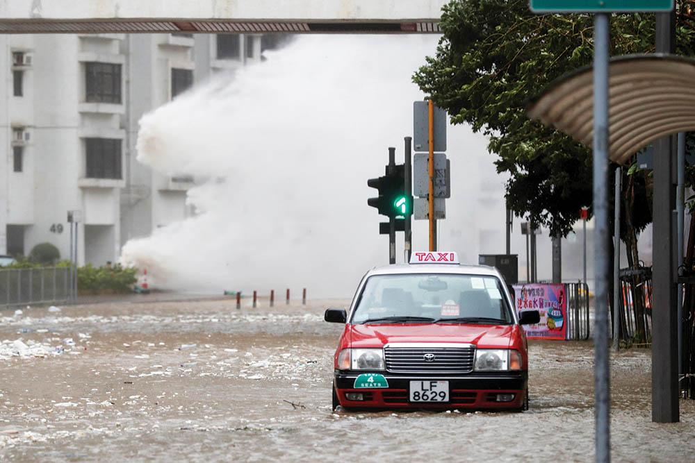 Meteorologia| Autoridades de Hong Kong antecipam terceiro tufão n.º 10 desde 2017