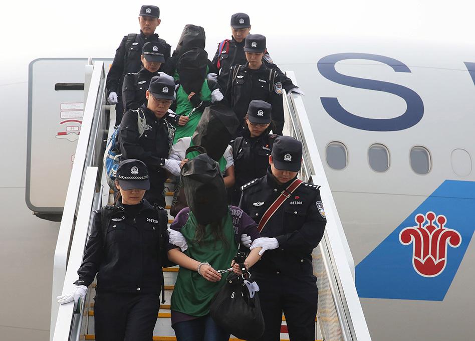 Hong Kong | Entrega de fugitivos à China, Macau e Taiwan divide opiniões