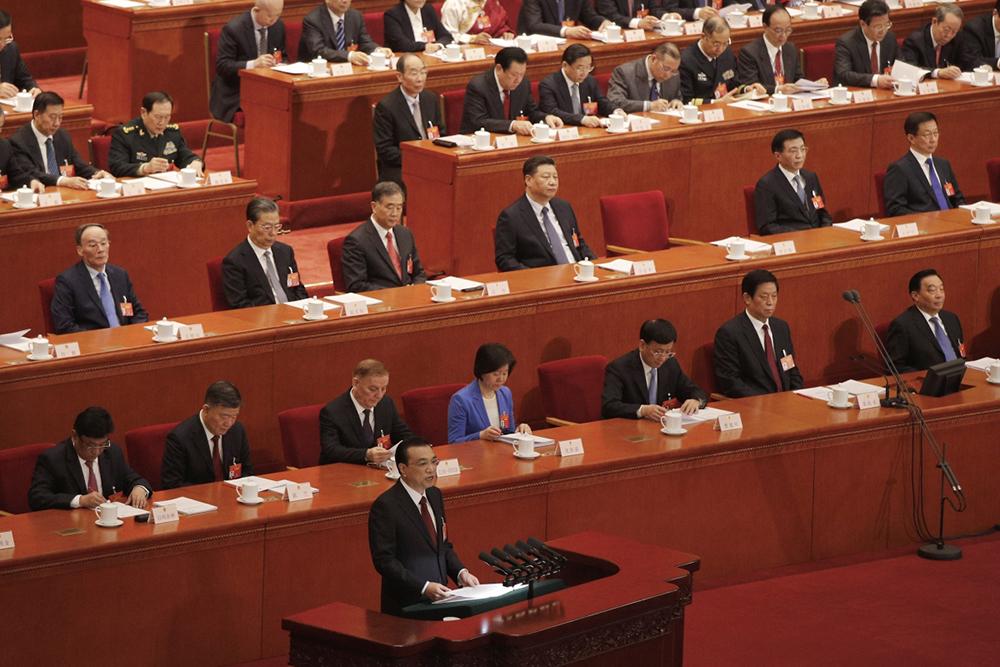 Bolsa | Queda atinge fortunas dos milionários do parlamento chinês