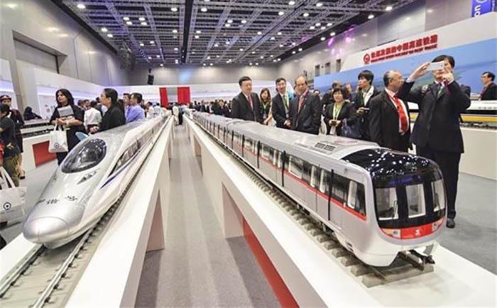 Empresa chinesa vai construir e gerir futura ligação ferroviária na Malásia