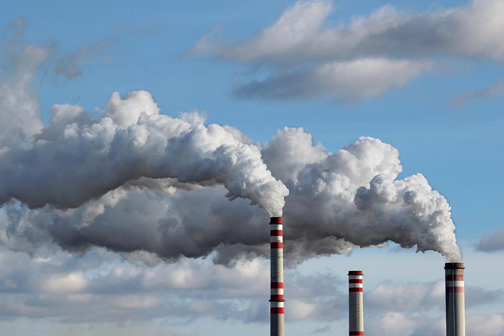Há novos regulamentos para centrais eléctricas e terminais de combustíveis