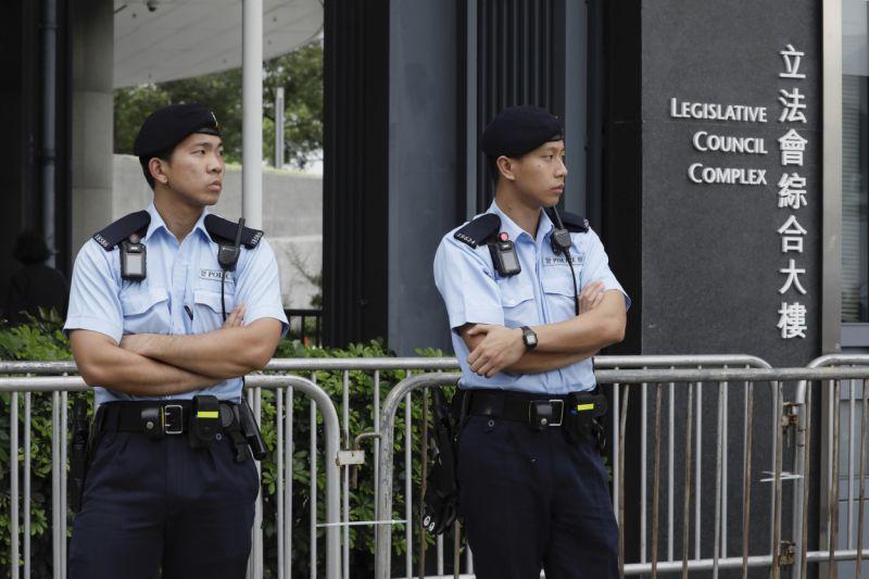 Polícia de Hong Kong proíbe manifestação convocada para domingo