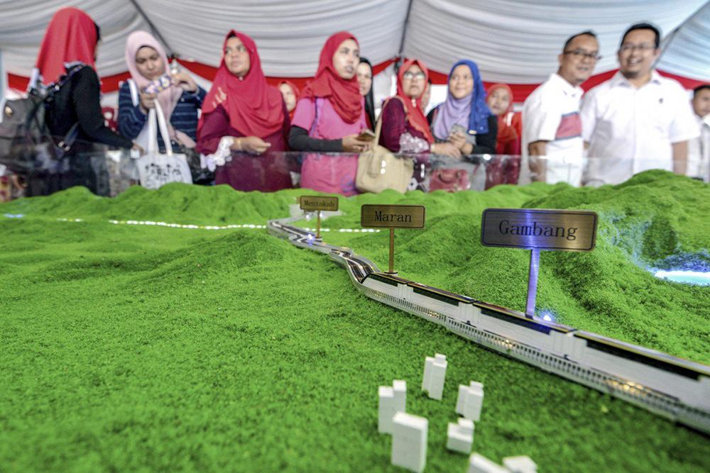 Pequim financia 85% de projecto ferroviário na Malásia