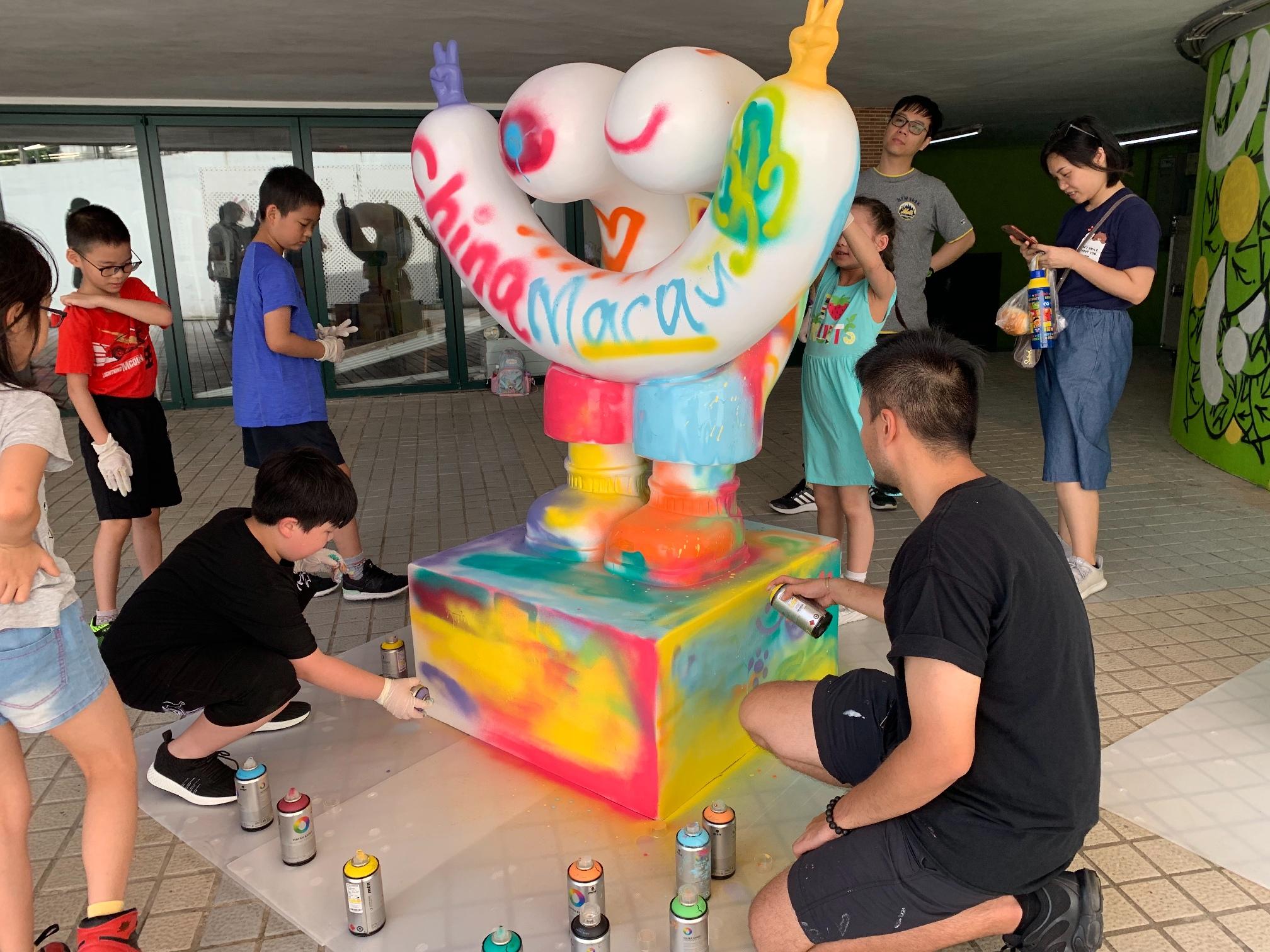 Anim'Arte Nam Van   Inaugurada nova exposição de graffiti