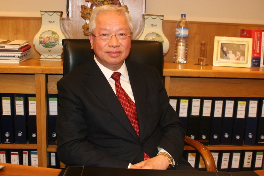 Vistos gold | Sócio de Stanley Ho rejeita acusações de burla