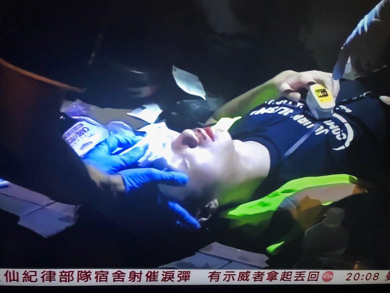 Hong Kong   Polícia deteve jornalista que pediu informações sobre colega ferido