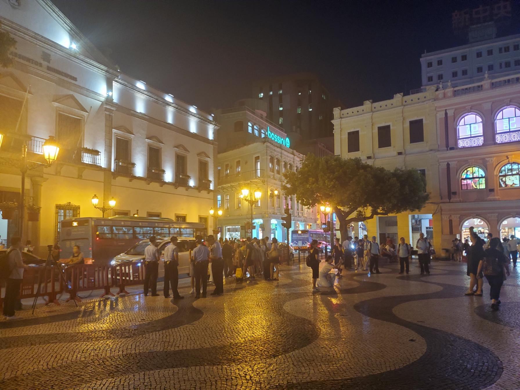 Vigília | Actuação da polícia na noite de segunda-feira à margem da lei