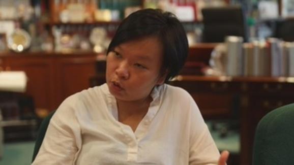 """""""Mafiosos e inacção policial"""" podem dar desculpas a Pequim para Exército entrar em Hong Kong, diz Bonnie Leung"""