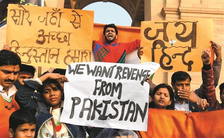 Pelo menos 4 mil pessoas detidas em Caxemira em duas semanas