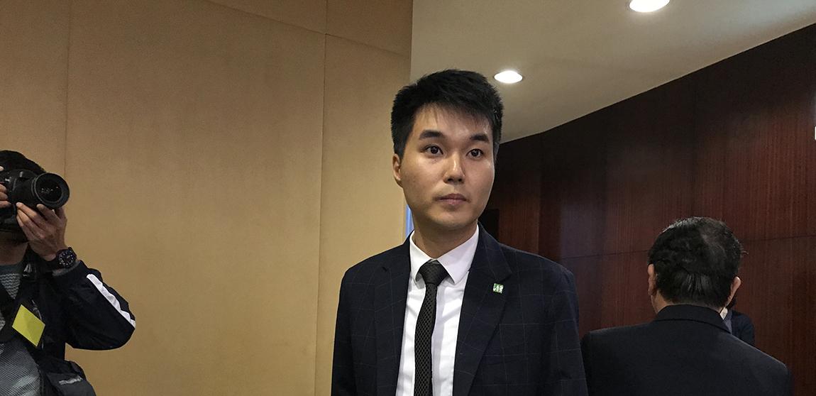 Sufrágio | Sulu Sou pede a Chui Sai On para ter em conta referendo