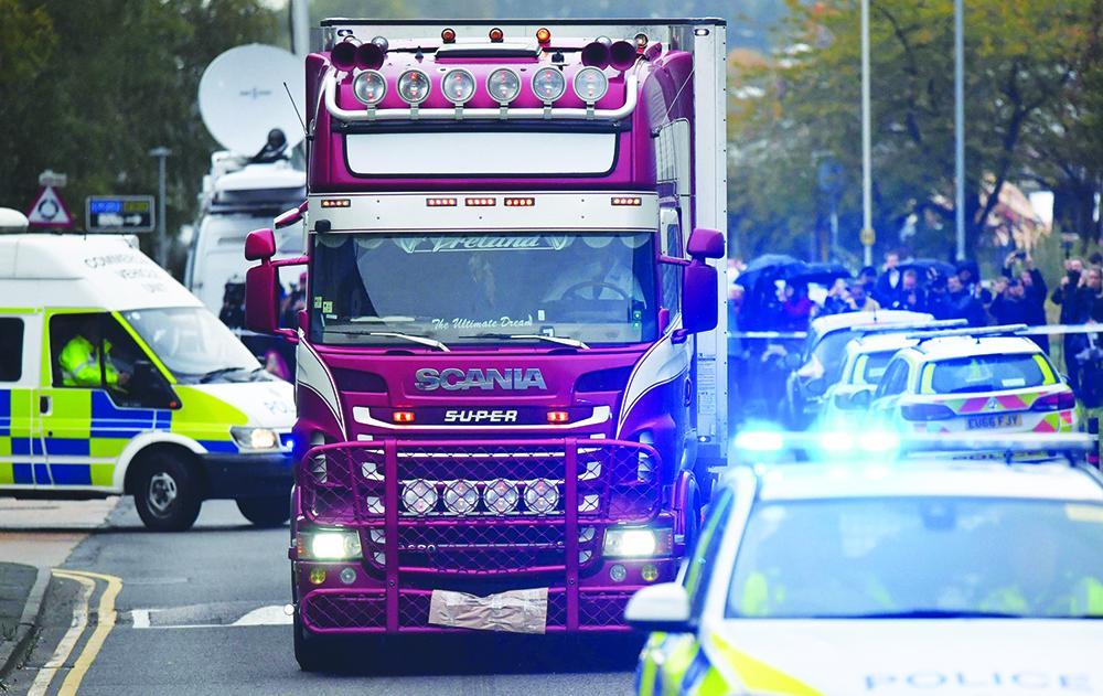 Reino Unido | 39 mortos encontrados em camião eram de nacionalidade chinesa