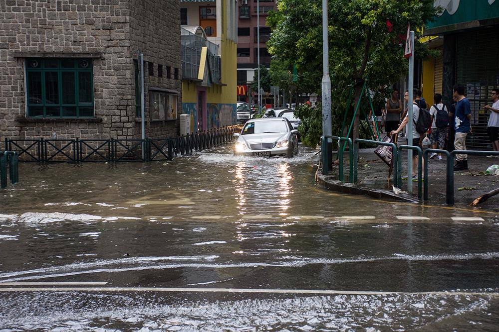 Inundações | Governo sem decisão sobre muretes no Porto Interior